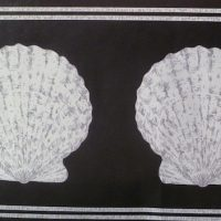 Vintage Seashell Wallpaper Border in Black & Gray Pearl