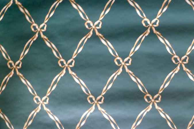 Ribbon Harlequin Vintage Wallpaper in Dark Green & Creamy Beige