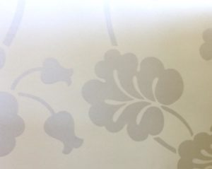 white large scale floral wallpaper