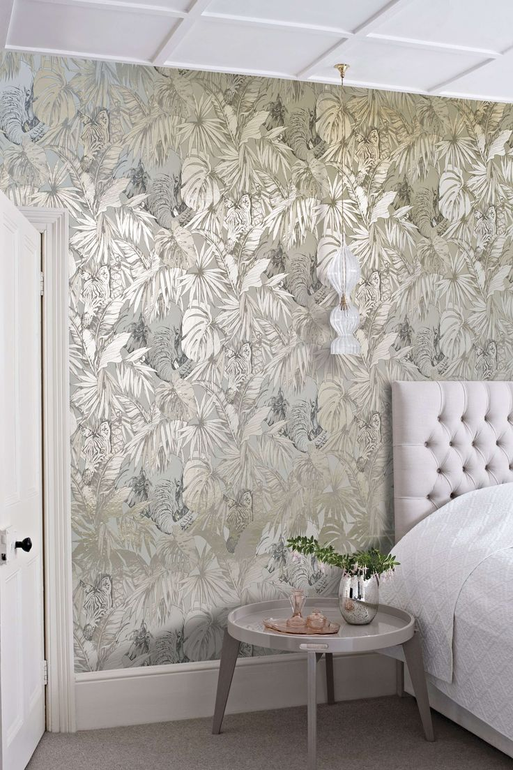 Love Lace White Metallic Effect Wallpaper : Metallic Wallpaper Silver Gold copper Bronze Adds Shimmer Drama - For the Love of Wallpaper ...